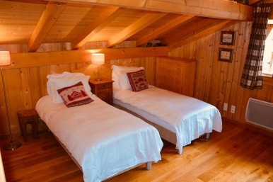 Bedroom 5 as twin